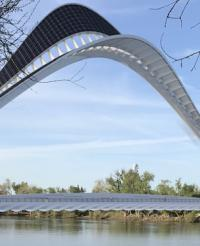 Designer picked for landmark Sacramento bridge image