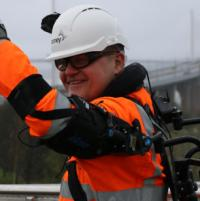 'Exosuit' tested on Forth bridges work image