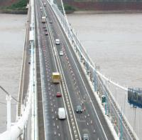 Maintenance contract awarded for trio of major bridges image