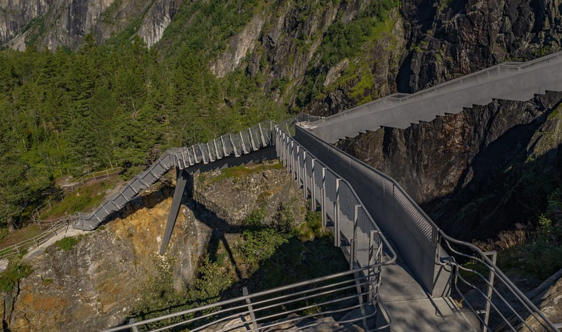 Norway opens vertiginous step bridge across gorge image