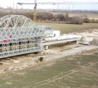 First span cast for Bratislava viaduct logo