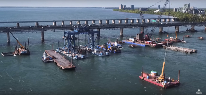 Footing construction on the new Champlain Bridge logo