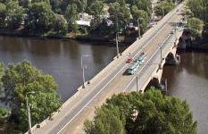 Prague closes key bridge over safety concerns logo