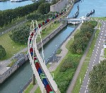 Contracting team chosen for Rotterdam port bridges logo